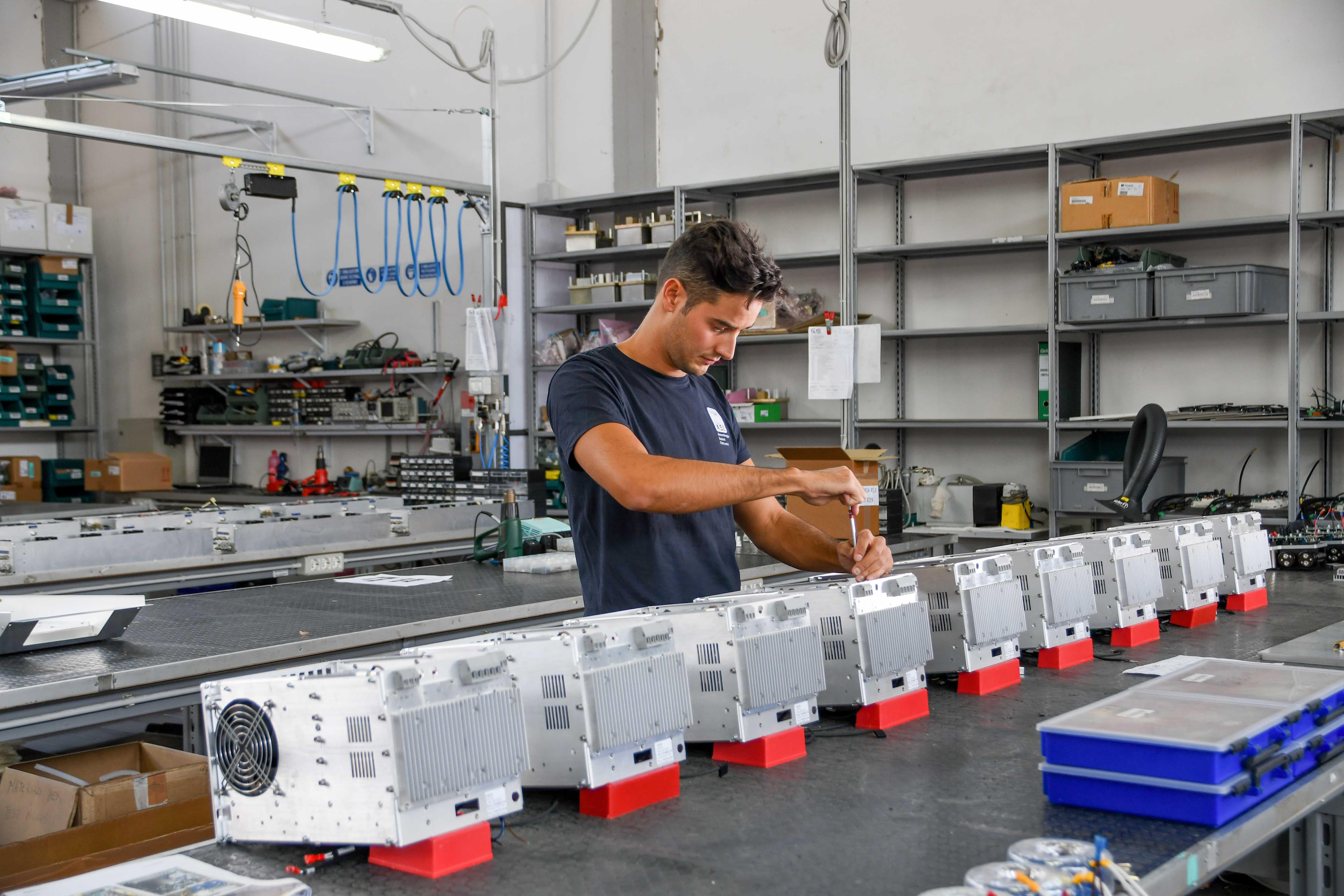 ASE Srl Calenzano - Assemblaggio apparecchiature elettroniche